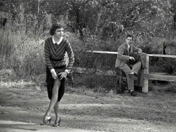 Claudette_Colbert_in_It_Happened_One_Night