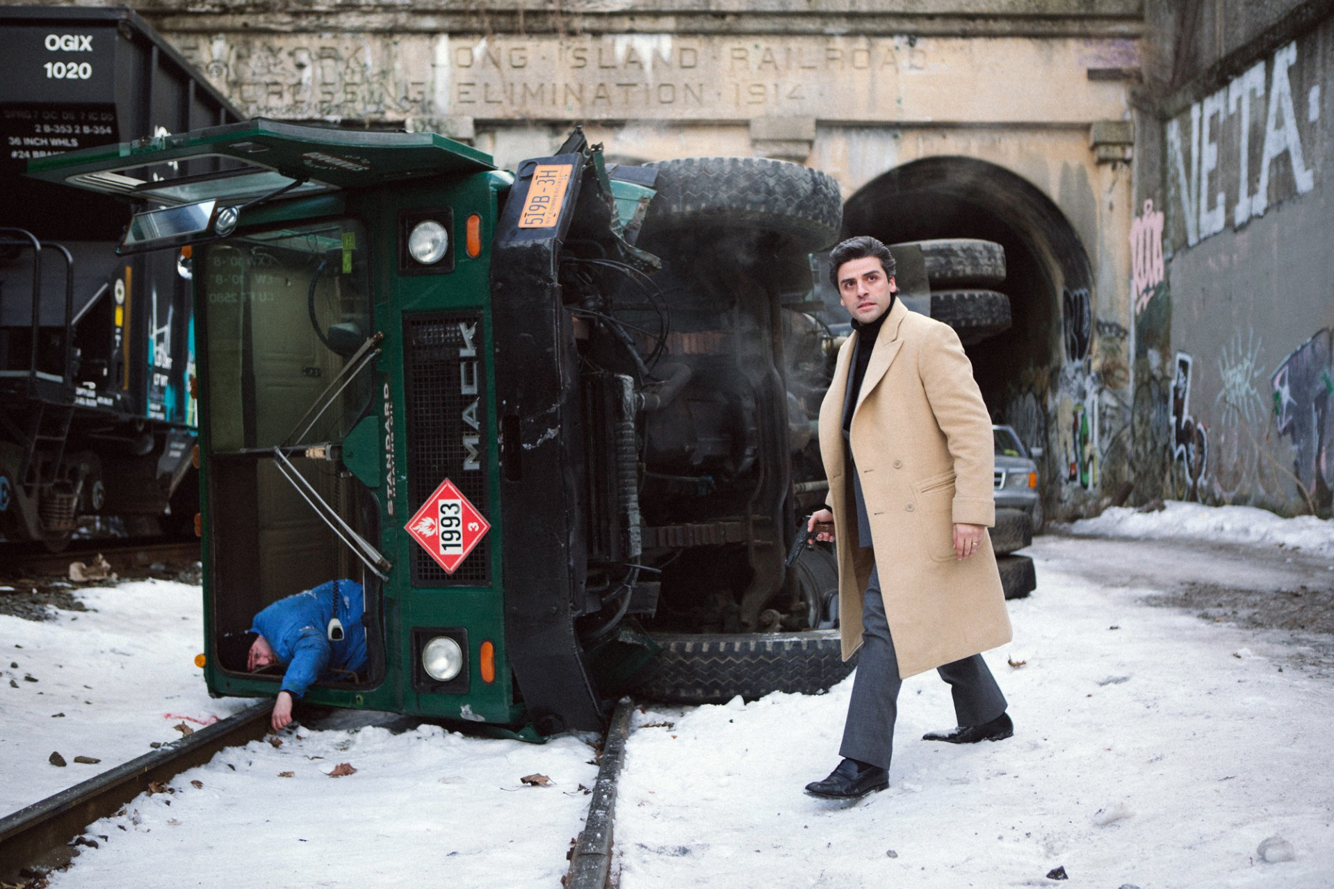 """****ENVELOPE STORY FOR DECEMBER 4, 2014.  DO NOT USE PRIOR TO PUBLICATION**********  Oscar Isaac (Abel)  in a scene from the movie  A Most Violent Year, directed by J. C. Chandor_Photo credit: """"Photo by Atsushi Nishijima, Courtesy of A24"""""""