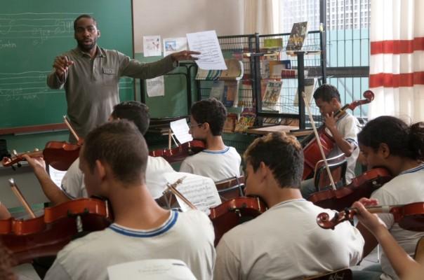 Violin-Teacher-still-1024x679