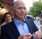 800px-ed_harris_at_tiff_2005